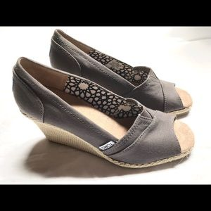 Toms Classic Wedge * Worn Once * Ash Canvas 8